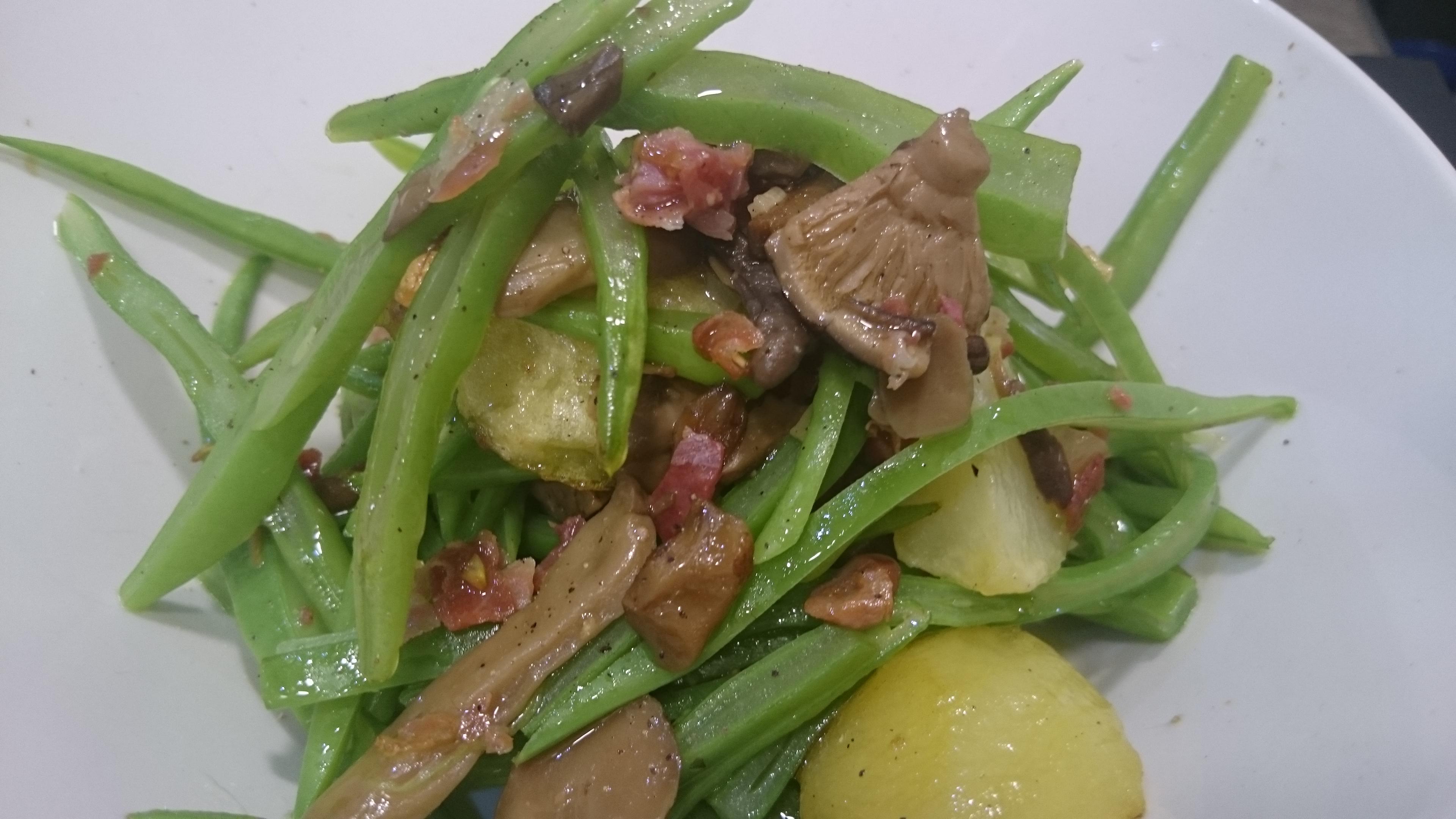 Judias verdes salteadas con jamón y patata