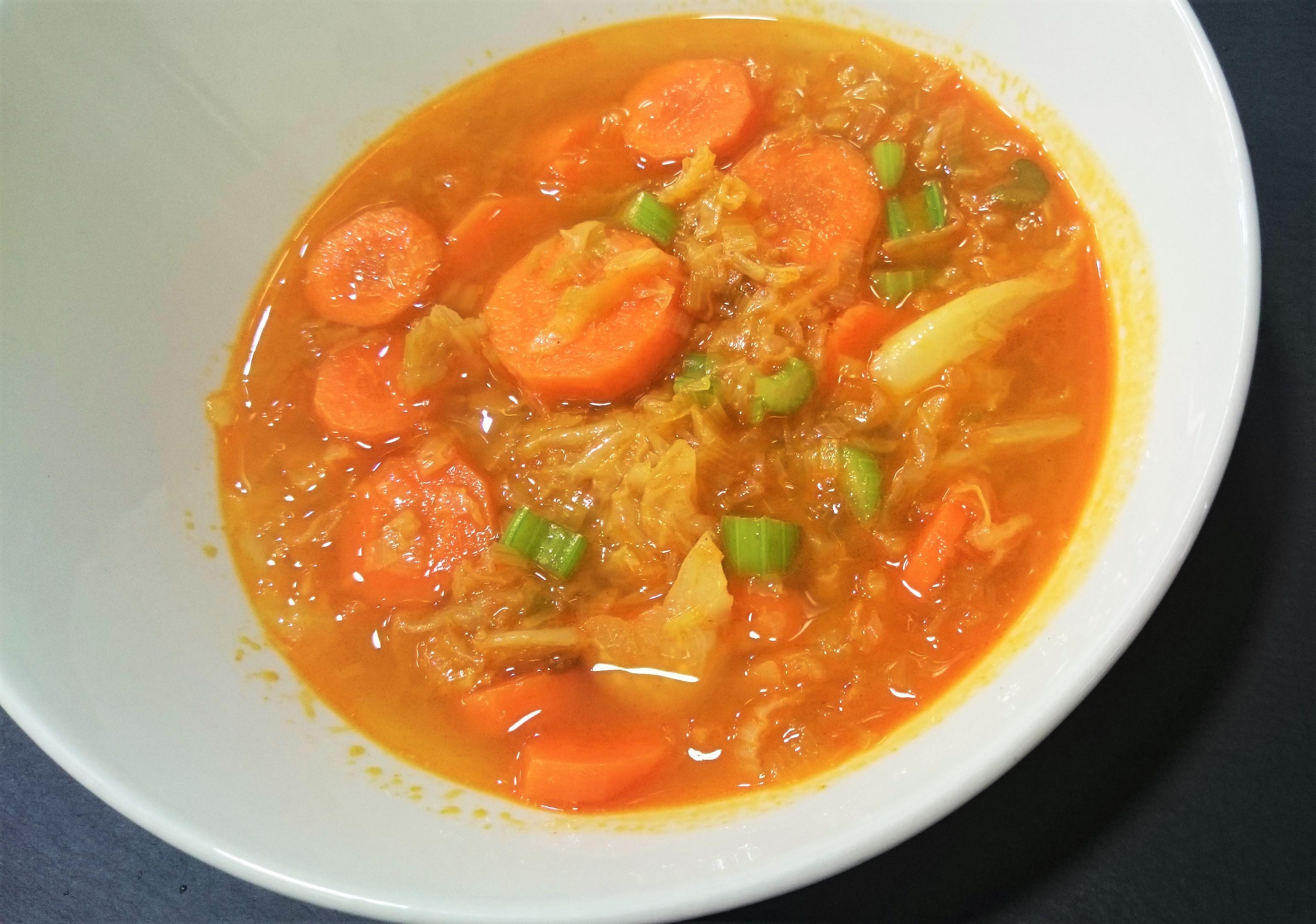 Sopa de verduras y pimentón de la Vera